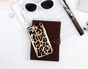 Elusive Leopard Print Rose Gold . Hard Case Otterbox Symmetry. iPhone X . iPhone Xs Max . iPhone XR . iPhone 8 . PopSocket