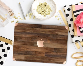 Bold Rustic Dark Wood . Distinctive Macbook Hard Case and Bold Rose Gold Accents . Macbook Pro 13 Case . Custom Monogram