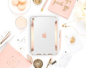 "iPad White Alligator Leather  Rose Gold  Apple Smart Keyboard compatible Hard  . iPad Air 10.5"" . iPad Mini 5 . iPad Pro 10.5"""