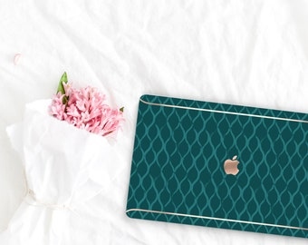 Light Moss Green Pattern Collection Leather Macbook Case . Distinctive Macbook Hard Case and Rose Gold . Macbook Pro 13 Case . Monogram