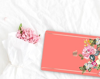 Tea Rose Flowerly Collection Leather Macbook Case . Distinctive Macbook Hard Case and Rose Gold . Macbook Pro 13 Case . Custom Monogram