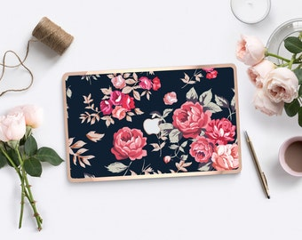 Richmond Rose Cream Polka                 . Distinctive Macbook Hard Case and Bold Rose Gold Accents . Macbook Pro 13 Case . Custom Monogram