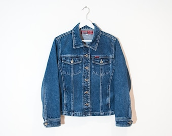 cde65cae95c7e on sale - medium wash fitted jean jacket   blue button-up denim jacket    size M