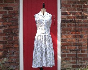 1950s rayon dress   50s primrose print dress   mid-century dress with tiered full skirt   vintage shirt dress   floral print