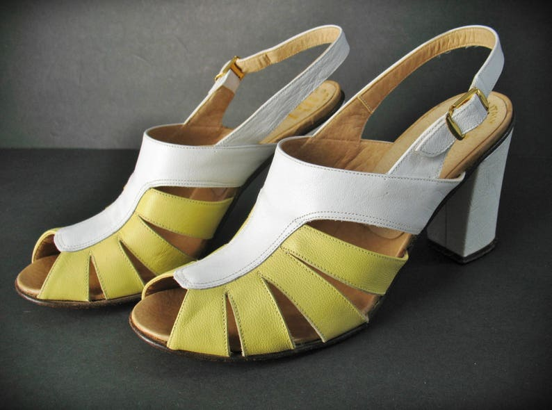 d5b69b893d0 Vintage 70s BANDOLINO Strappy Leather Shoes Pumps Made in
