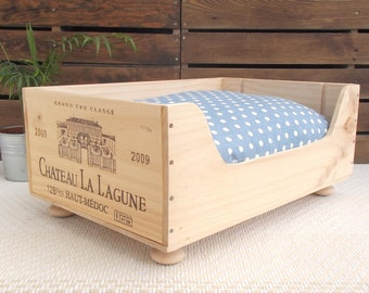 Cat bed | Wooden wine box  | pet bed | cat present | pet bed | wooden bed | wine boxes | French style | cat basket | cat lover | New home