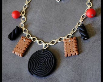 Necklace gourmet licorice candy cookies