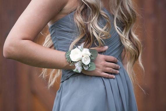 Woman's Ivory Wrist Corsage