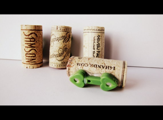 DIY Wine Cork Boutonniere With Magnets