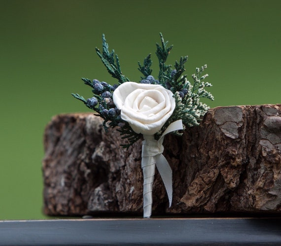 Miniature Rose Pin On Boutonniere - Small Woodland Sola Flower Boutonnière