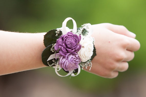 Girls Purple Sola Flower Wristlet Corsage