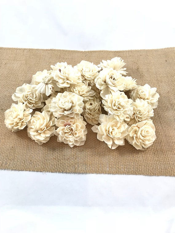 Grade B Dahlia Sola Flowers - Set of 25 Folded Sola FLowers, Sola Flowers, Sola Flower, Wood Sola Flowers, Balsa Wood FLowers, Craft Flower