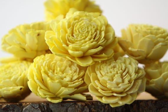 Lemon Yellow Belly Sola Flowers - SET OF 10 , Lemon Yellow Sola Flowers, Wood Sola Flowers, Belli Sola, Balsa Wood Flowers, Sola Flowers