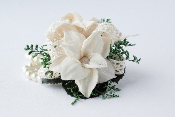 Woman's  Magnolia Wrist Corsage, Ivory Homecoming Corsage, Corsage for Wedding