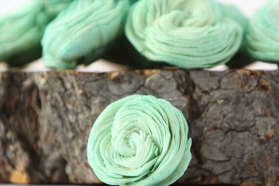 Mint Sola Shell Flowers - SET OF 10 , Mint Sola Flowers, Wood Sola Flowers, Balsa Wood Flowers, Wedding DIY, Craft Flowers, Shell flower