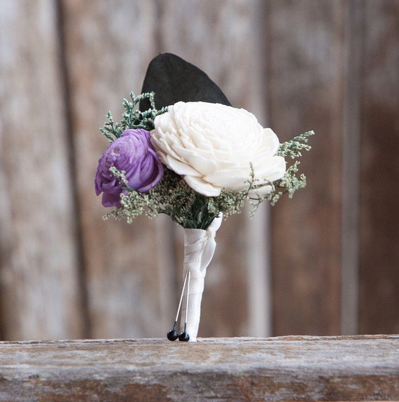 Ivory and Lavender Pin On Boutonniere - Sola Flower Boutonnière