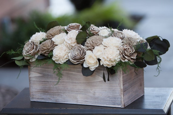 Large Neutral Sola Flower Table Arrangement