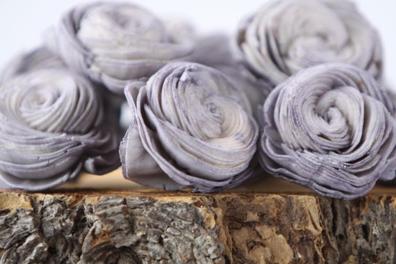 Grey Sola Shell Flowers - SET OF 10 , Gray Sola Flowers, Wood Sola Flowers, Balsa Wood Flowers, Wedding DIY, Craft Flowers, Shell flower