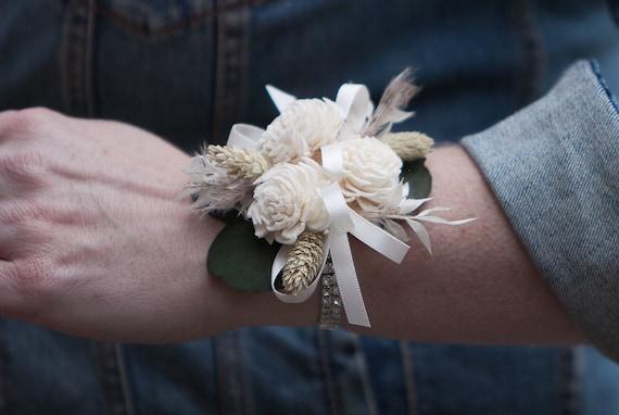 Women's Boho Dried Flower Rhinestone Wrist Corsage