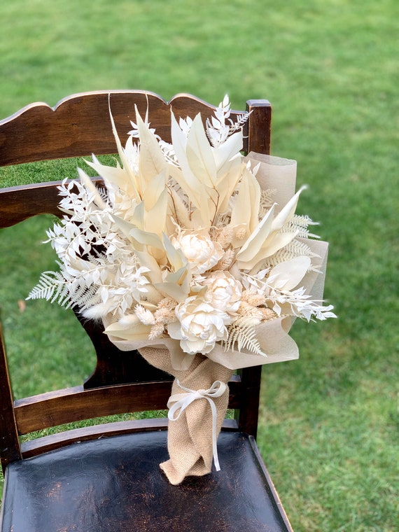 Elegant White Preserved and Dried Flower Vase Arrangement - Wrapped Dried Floral Bouquet