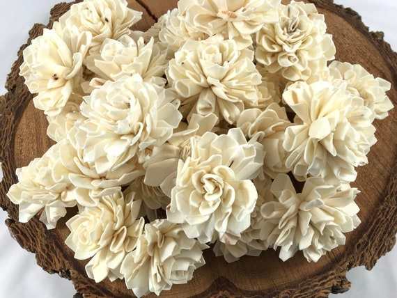 Grade B Dahlia Sola Flowers - Set of 35 Folded Sola FLowers, Sola Flowers, Sola Flower, Wood Sola Flowers, Balsa Wood FLowers, Craft Flower