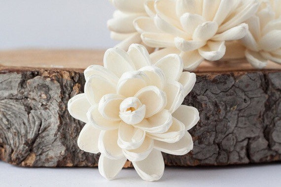 Lotus Sola Flowers - Set of 5 , Sola Flowers, Wood Sola Flowers, Balsa Wood Flowers, Craft Flowers, sola wood flowers