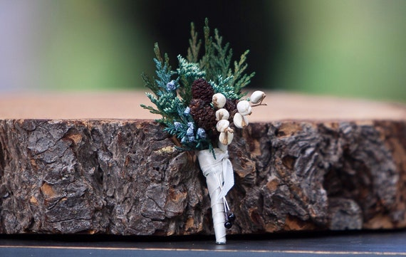 Mixed Greenery Pin On Boutonniere - Small Woodland Sola Flower Boutonnière