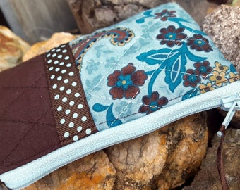 Quilted Coin Purse, Blue and Brown Change Purse, Ear Bud Pouch, Zipper Pouch, Business Card Wallet, Lunch Money Pouch, credit card pouch