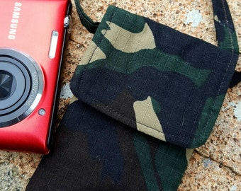 Camo Camera Case, Camo Wristlet, Fabric Camera Case, Small Camera Case, Ear bud Pouch