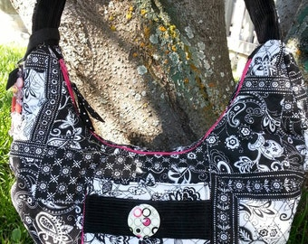 Black and White Purse, Quilted Purse, Purse with Zipper, Black and white Quilted Purse, Purse with Pockets, Quilted Handbag