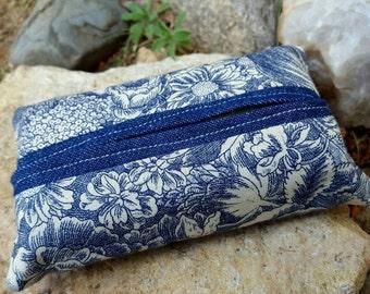 Blue Floral Tissue  Case, Tissue Holder, Tissue Case, Fabric Tissue Holder