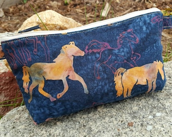 Horse Pencil Case,  Horse Cosmetic Bag, School Zipper Bag, Makeup Pouch, Horse Accessory, Horse Gift, Kids Crayon Bag