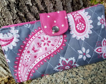 Pink and Grey Checkbook Cover, Quilted Coupon Wallet, Fabric Checkbook, Personalized Breast cancer checkbook, Checkbook with name