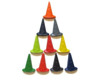 Witch Hat Crayons set of 20 - Halloween Crayons - Halloween Treats - Witch Party Favors - Classroom Party Favors - Kids Party Favor Crayons