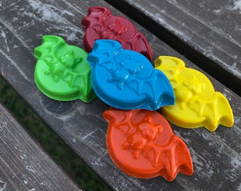 Bat Crayons set of 10 - Halloween Crayons - Halloween Favors - Bat Party Favors - Kids Party Favors - Halloween Treats - Shaped Crayons
