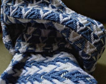 Blue and White Woven Woollen Scarfe