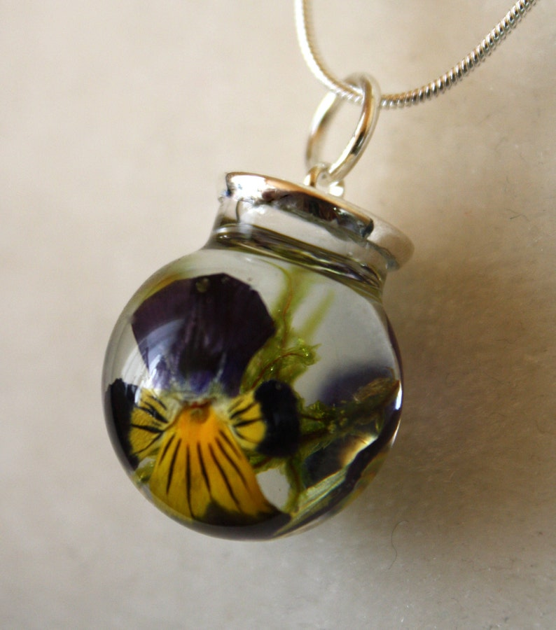 Pansy and moss necklace pansy glass necklace pansy pendant image 0