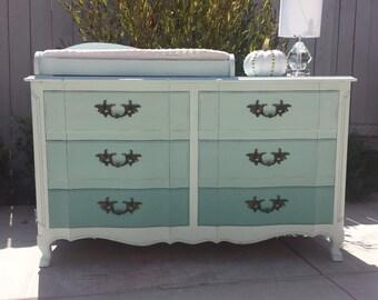 Sold Vintage Bassett 6 Drawer Dresser Etsy