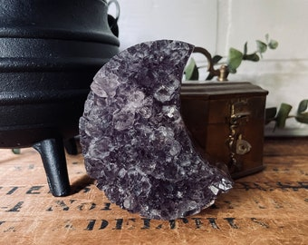Amethyst Cluster Moon  - Witchy Decor- Raw Amethyst Geode - Crystal Clusters  - Meditation Tools - Altars - Crystal Moon