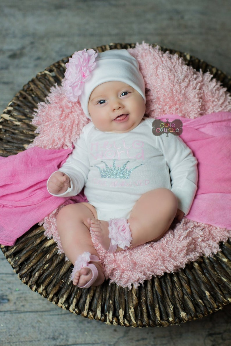 BOUTIQUE STYLE-Take Me Home-Hospital Outfit-Hello World-Princess-Newborn Set-Baby Girl Outfit-Set-Newborn Girl Hospital Outfit-Coming Home