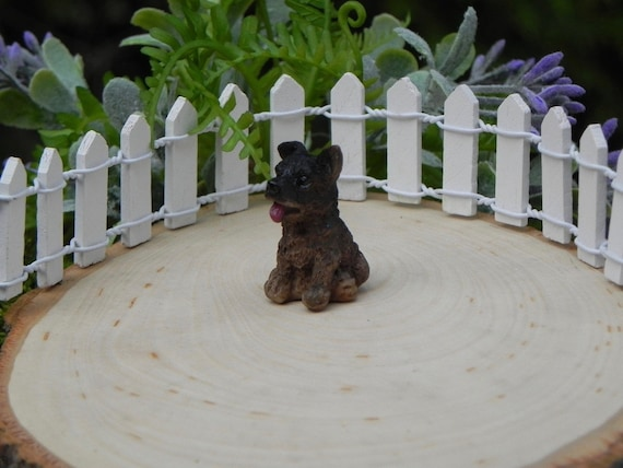 Cute dog Mini Miniature Fairy Garden Ornament Decor Pot Craft Accessories UV