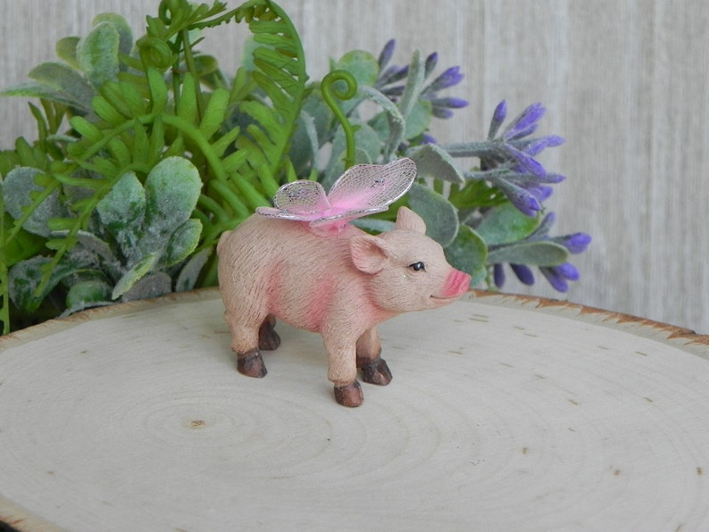 Miniature Dollhouse FAIRY GARDEN Accessories ~ Flying Pig ~ NEW