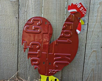 Upcycled License Plate Chicken Rooster - Rhode Island Red