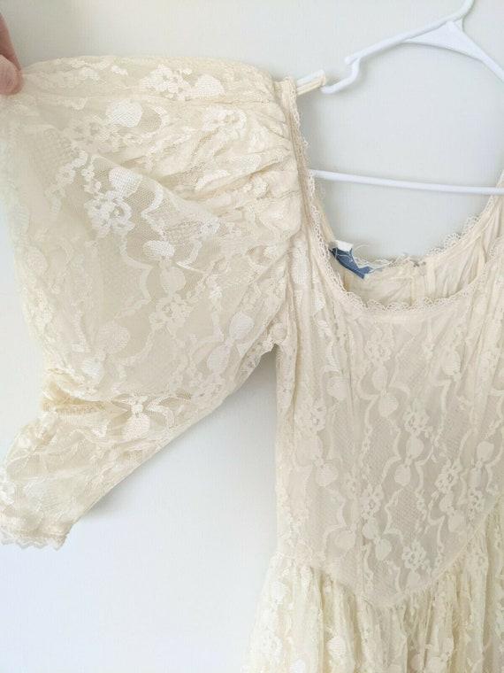 Vintage Gunne Sax white lace dress cottagecore - image 2