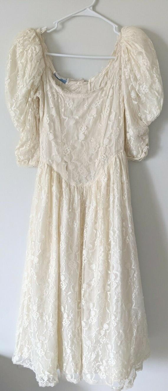 Vintage Gunne Sax white lace dress cottagecore