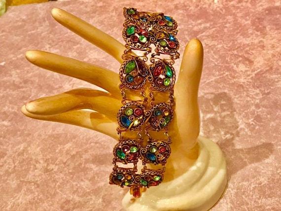 Neiger?  Rare Donut + Scroll Design Bracelet
