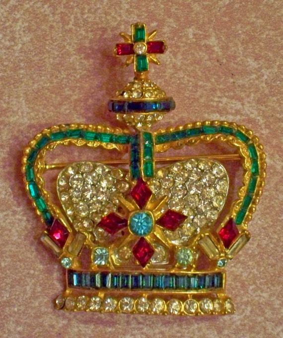 Unsigned Bellini- Jubilee or Pageant Brooch