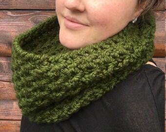Crochet Cowl, Winter Scarf,  Green Cowl, Crochet Scarf, Chunky Scarf, Chunky Cowl || THE NOR'EASTER