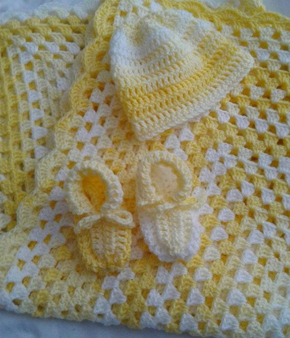 890f45796579 Couverture bébé citron bonnet et Chausson ensemble.   Etsy