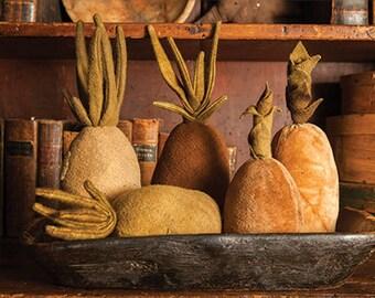 Bowl Filler or Pincushion Pattern - Primitive Pineapples - Wool and Velvet Pineapples